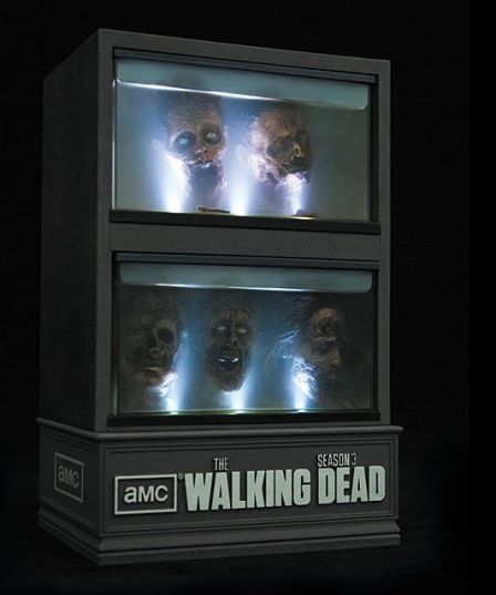 The Walking Dead Season 3 Limited Edition Set  Uncrate - Mozilla Firefox_2013-02-13_16-00-21